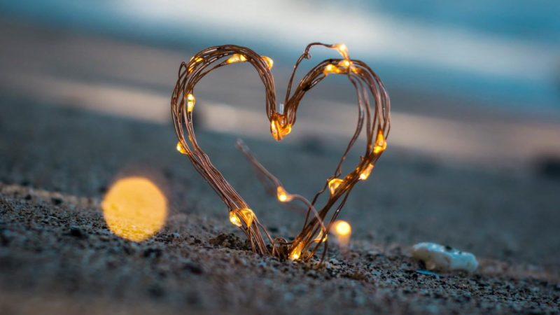 Love heart on a beach - Examples of Loving your Enemies in the Bible
