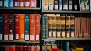 Book shelf - Which Bible is the easiest to understand